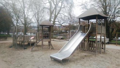 Spielplatz Rutsche Rheinanlagen Koblenz