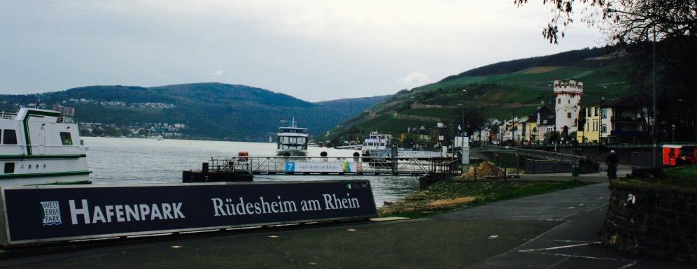 Rüdesheim Hafen Schiff