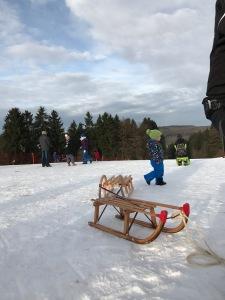 Skihütte Höhn Rodelbahn Westerwald Schlitten Schlittenfahren